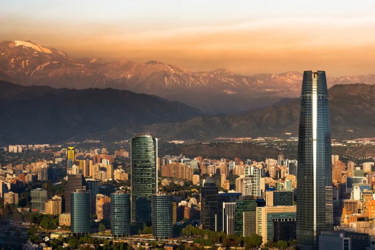 Le Chili « en guerre » après 7 morts dans les émeutes
