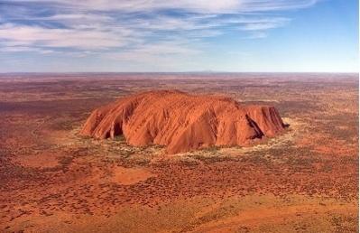Ayers Rock en Australie - Crédit photo : Corey Leopold
