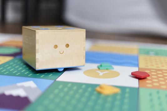 Le jouet robot qui apprend aux enfants à coder