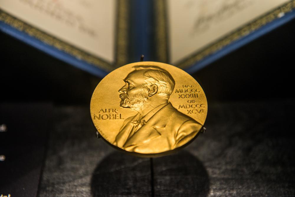 Les lauréats 2018 et 2019 du prix Nobel de littérature dévoilés