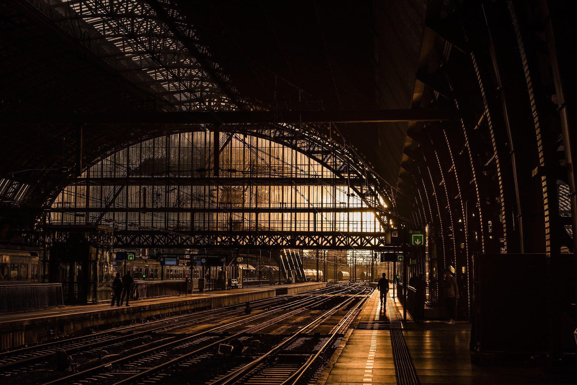 Covid-19 : le renforcement des mesures fait baisser l'offre des TGV