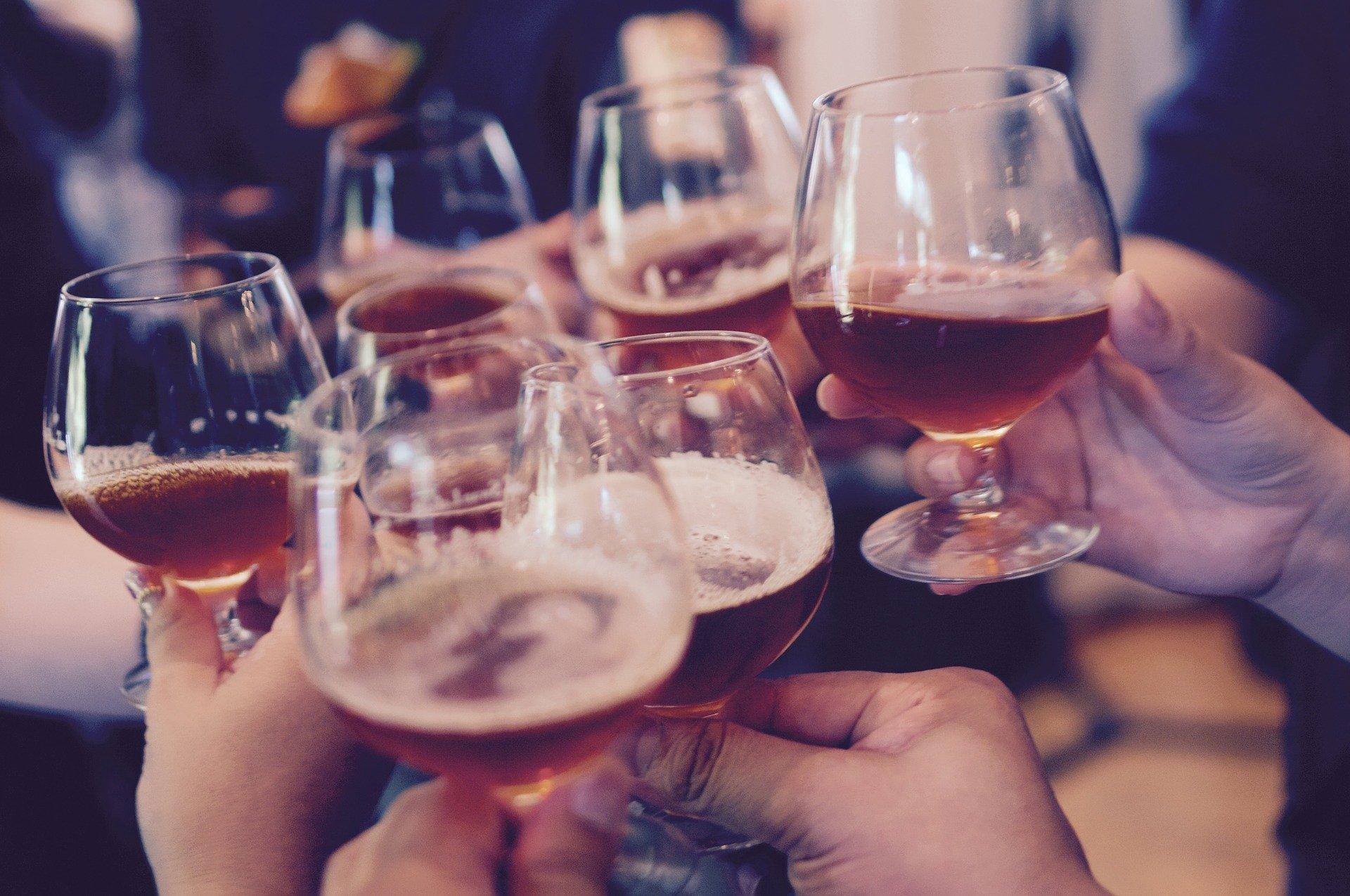 La consommation d'alcool serait liée à un cancer sur 25