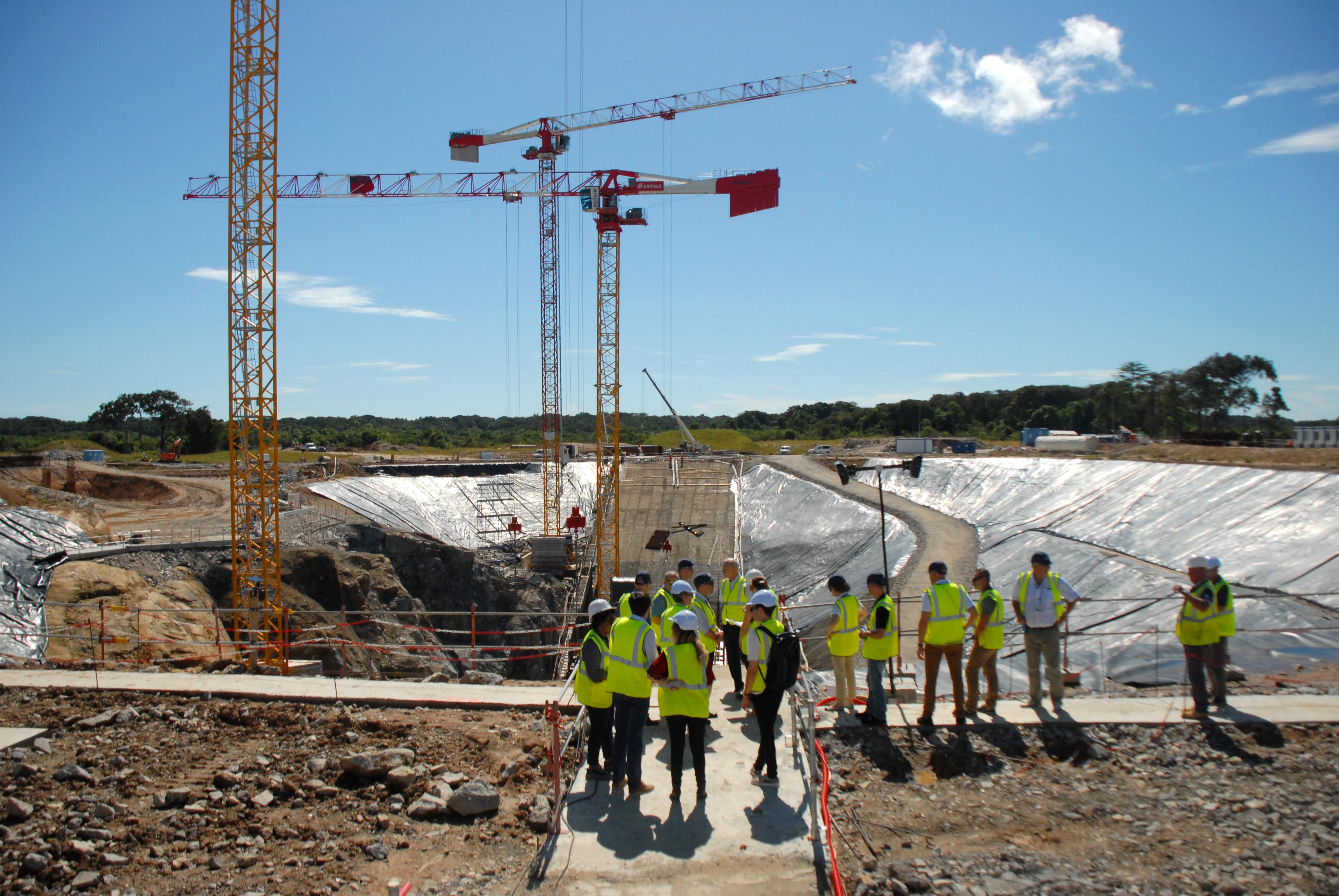 Le chantiers ELA-4 du pas de tir de Kourou, emblématique des capacités de réalisation intégrées d'Eiffage, au service de l'excellence spatiale européenne (Photo Camille Gévaudan, Creative Commons)
