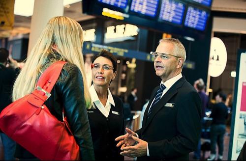Les Google Glass à l'aéroport