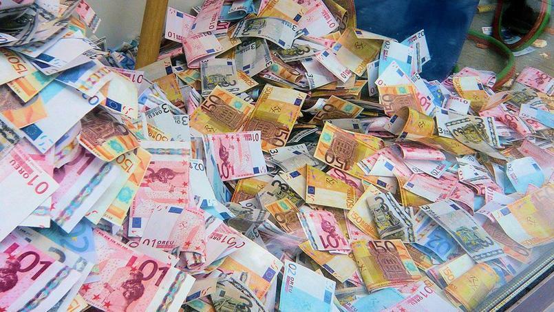Notes de frais : des millions d'euros jamais réclamés