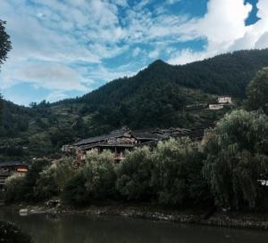 Ouïghours : 380 centres de détention présumés au Xinjiang