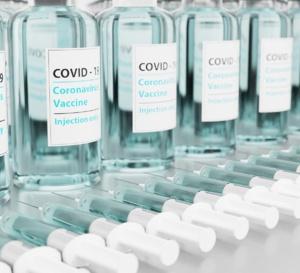 La France ouvre la vaccination aux plus de 55 ans dès lundi 12 avril 2021