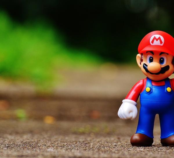 Avec Super Mario Run, Nitendo lance son premier jeu pour mobile