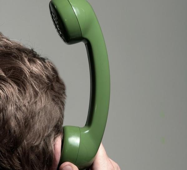 Un tribunal italien fait le lien entre usage du téléphone et tumeur
