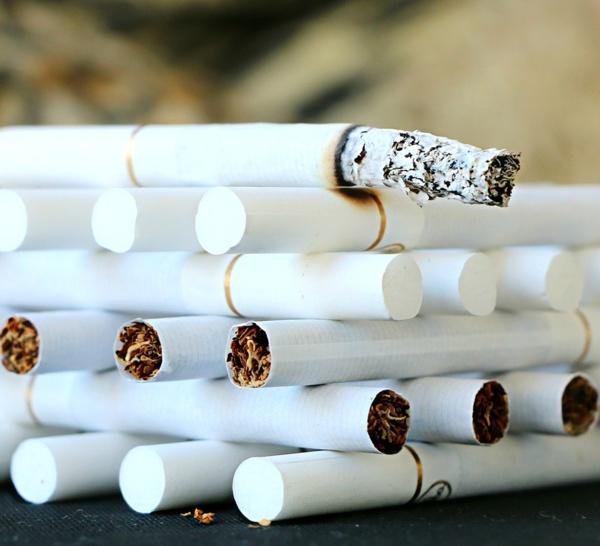 Le 1Er mars, le paquet de cigarettes monte à 8 euros