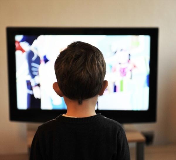 Smart TV : cachez la caméra avec du scotch, dit le FBI