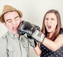 """Le """"manterrupting"""" : quand les hommes coupent la parole aux femmes"""
