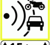 Sécurité routière, les panneaux des radars font peau neuve