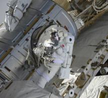 Thomas Pesquet raconte les difficultés d'une sortie dans l'espace