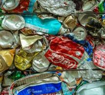 Etats-Unis : un adolescent meurt après avoir bu trop de boissons caféinées