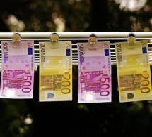 Suisse, les toilettes d'une banque bouchées par des billets de 500 euros