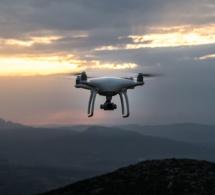 L'aéroport de Londres immobilisé à cause de survols de drones