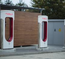 Tesla, la voiture pour Geek chics