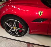 Ferrari s'apprête à présenter un « supercar » hybride