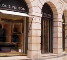 Louis Vuitton présente des sacs avec écrans OLED