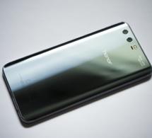 Huawei dans la tourment va baisser sa production de 30 milliards de dollars