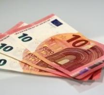 Le nouveau billet de 10 euros sera plus difficile à falsifier