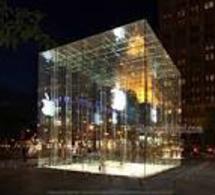 Steve Jobs indissociable de la pomme